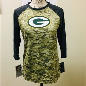 "huge discount 2611c 75541 Womens Nike Green Bay Packers ""Salute to Service"" NWT"